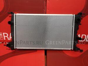 Радиатор двигателя на Renault Scenic JZ02