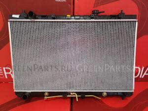 Радиатор двигателя на Kia Carnival VQ