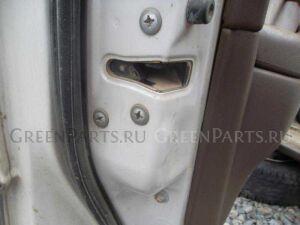 Замок двери на Toyota Camry SV40 4S-FE
