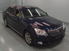 Toyota Crown Majesta 2011
