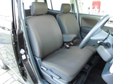 Suzuki Mr Wagon 2011