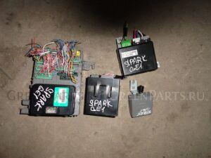 Блок предохранителей на Honda ZEST SPARK JE1 P07A из салона