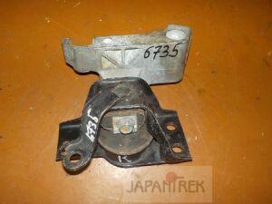 Подушка двигателя на Nissan Wingroad Y12 HR15 6735