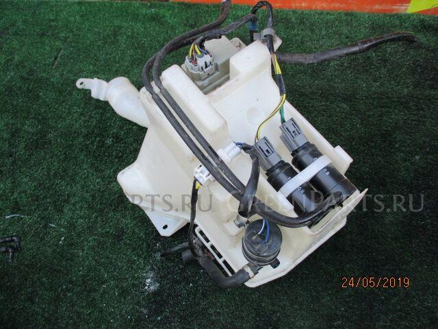 Бачок омывателя на Subaru Forester SH5 EJ20