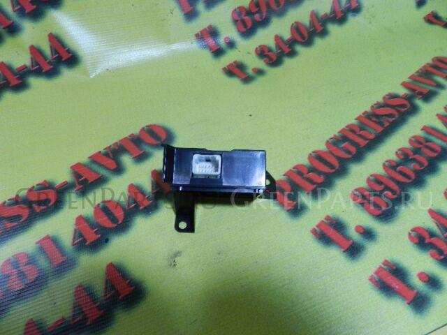 Электронный блок на Nissan March AK12 CR12DE 27470-AY500