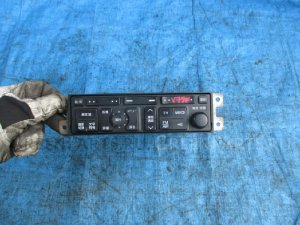 Магнитофон на Mitsubishi Pajero V75W MR472728