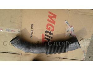 Патрубок воздушн.фильтра на Nissan Safari Y60 TD42 62860 07J00