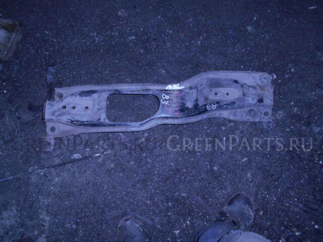 Балка подвески на Mazda Demio DW3W