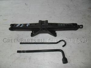 Домкрат на Honda MDX YD1 J35A