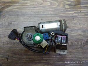 Мотор стеклоподъемника на Audi 100 4A2 ABK, AAE, ACE, AAD, AAR, AAS, AAT, ABC, ACZ, AAH,