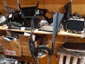 Консоль между сидений на Mazda Demio DJLFS-624339 P5-VPS