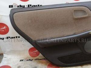 Обшивка дверей на Toyota Mark II GX90 28