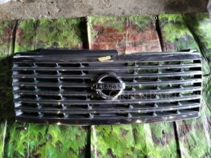 Решетка радиатора на Nissan Elgrand E51 2 model