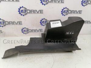 Воздуховод радиатора на Ford Focus 2 1252550