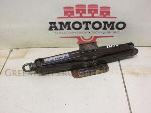 Домкрат на Toyota Estima Lucida; Estima Emina CXR20 3CTE