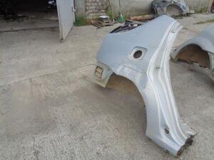 Крыло заднее на Renault Logan 1 2005-2014 Название двигателя 1.6 87л.с. K7MF / МКПП Седан 20 Номер OEM 774208054R