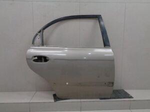 Дверь задняя на Kia Sephia / Shuma 2001-2004 1.6 101л.с. S6D / МКПП 2WD Лифтбек 2003г 0K2NC72020