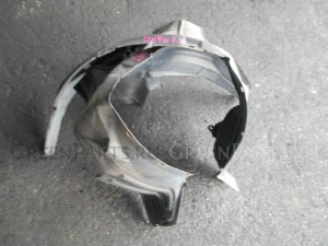 Подкрылок на Mazda Demio DW5W