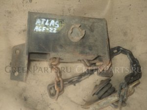 Крепление запаски на Nissan Atlas AGF22 TD27