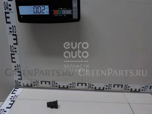 Кнопка на Toyota Auris (E15) 2006-2012 8498612010