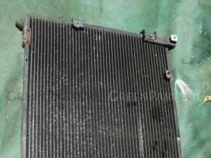 Радиатор кондиционера на Toyota Noah SR40