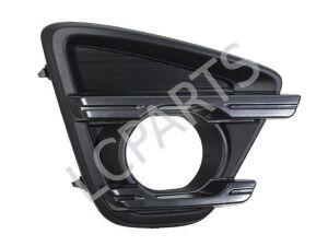 Решетка бамперная на Mazda
