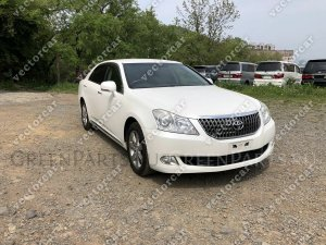 Капот на Toyota Crown Majesta URS206; UZS207