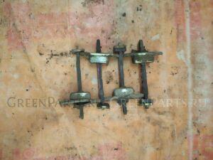 Ограничитель двери на <em>Mitsubishi</em> <em>Eterna</em> E52A;E53A;E54A;E64A;E72A;E74A;E77A;E84A;E57A 4G37, 4G63, 4D65, 4G67, 4G93, 6A11, 6A12, 4D68, 4G MB517470