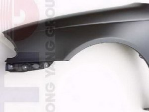 Крыло на Toyota Avensis