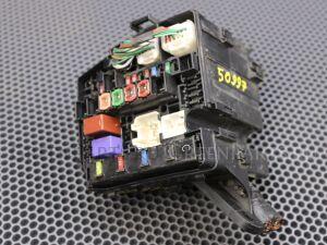 Блок предохранителей на Toyota Yaris KSP90 1KRFE 82741-52031