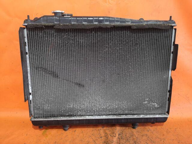 Радиатор двигателя на Nissan Cedric MY33 VQ25DE