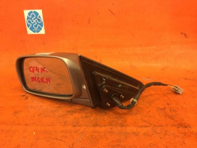 Зеркало двери боковой на Honda Accord CF4