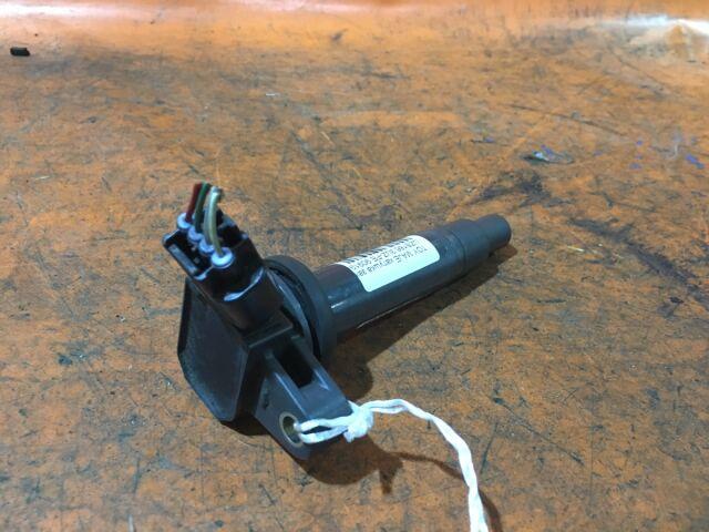 Катушка зажигания на Toyota Crown Majesta UZS186, UZS187, UZS207 3UZ-FE