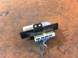 Регулятор скорости мотора отопителя на Nissan Wingroad WFY10 GA15DE