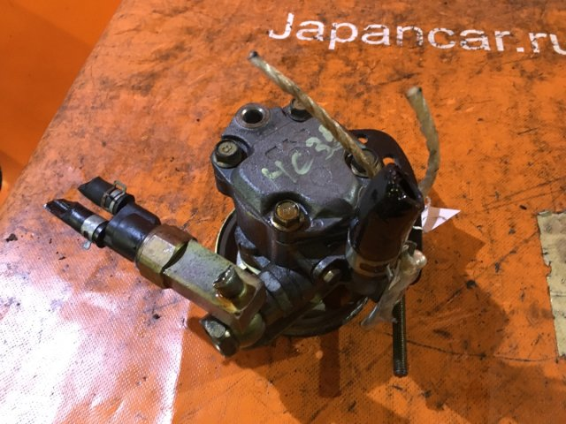 Насос гидроусилителя на Nissan Laurel HC35 RB20DE