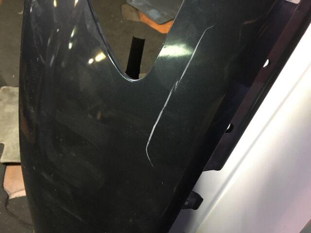 Крыло на Nissan Skyline V36
