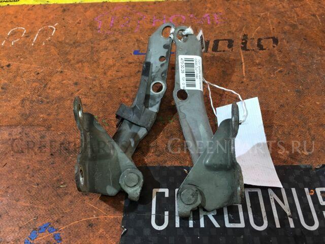 Крепление капота на Toyota Crown Majesta JZS155, UZS151, UZS155, UZS157