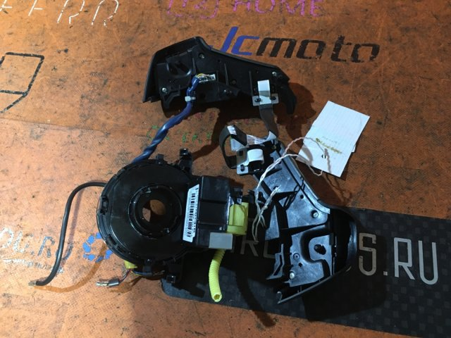 Шлейф-лента air bag на Toyota SCION XD ZSP110L