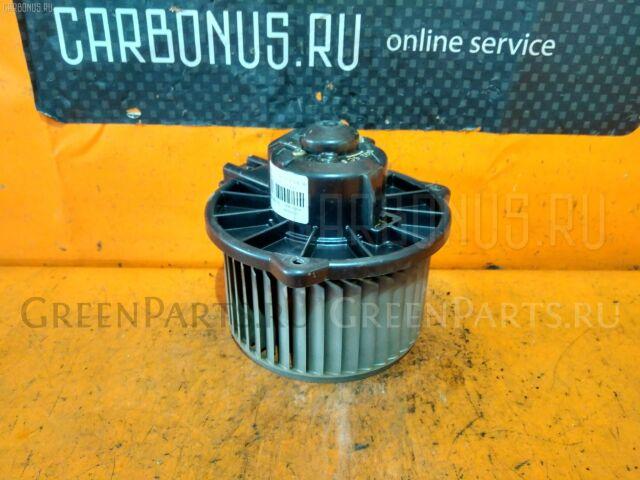 Мотор печки на Toyota Vitz SCP10