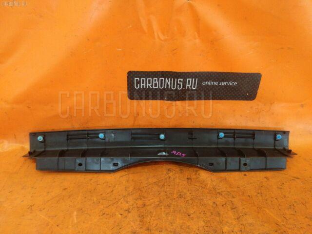 Обшивка багажника на Honda CR-V RD5