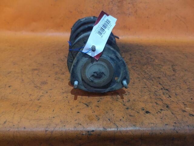 Стойка амортизатора на Toyota Yaris Verso NCP20