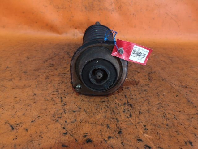Стойка амортизатора на Mazda FORD FESTIVA dw3wf, dw5wf