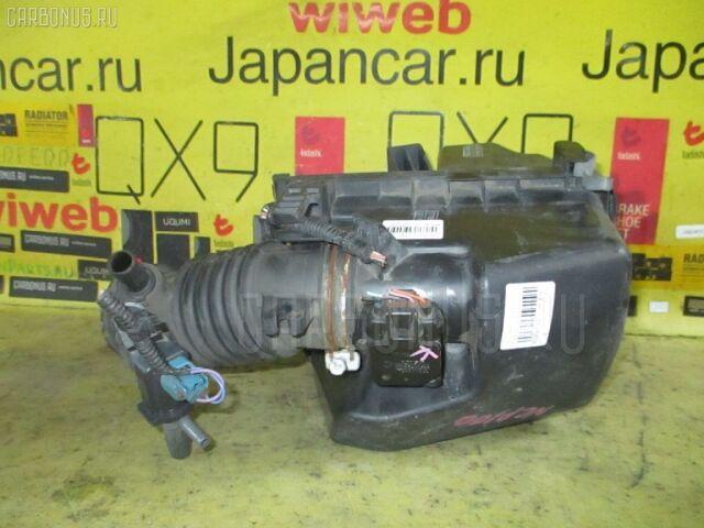 Корпус воздушного фильтра на Toyota Ractis NCP100 1NZ-FE