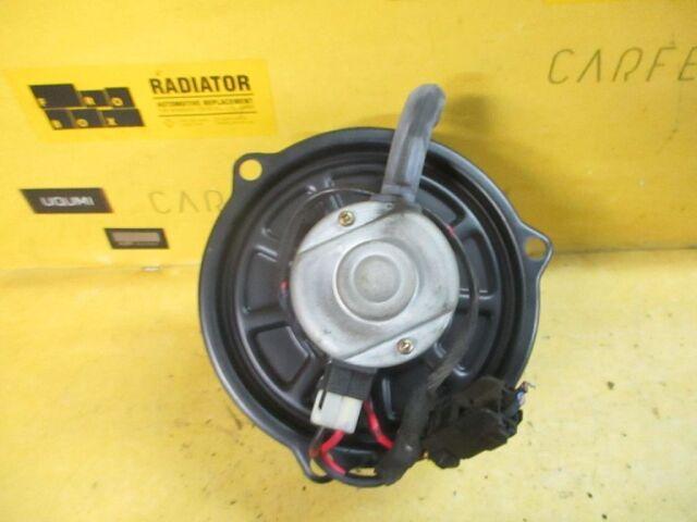 Мотор печки на Mazda Bongo Friendee SG5W