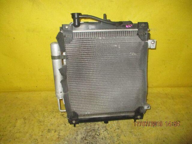 Радиатор двигателя на Subaru R2 RC1 EN07
