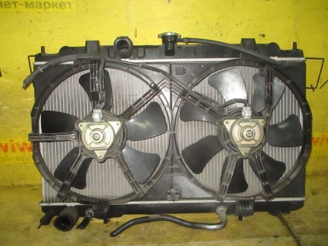 Радиатор двигателя на Nissan Wingroad WRY11 QR20DE