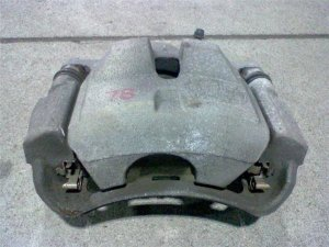 Суппорт на Toyota Sai AZK10 2AZFXE