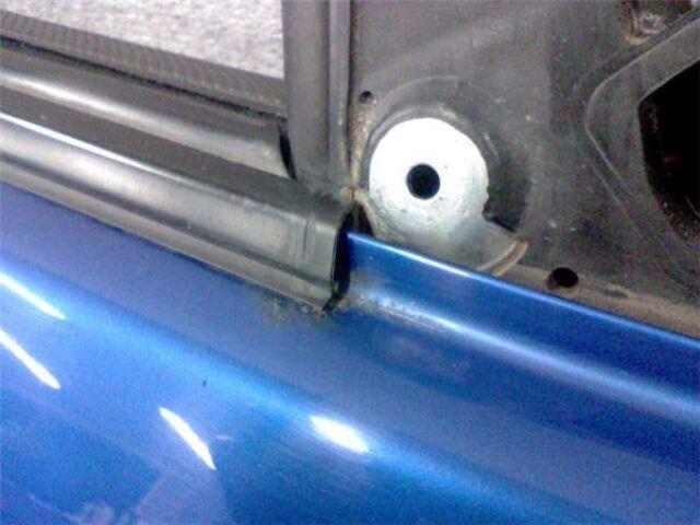 Дверь боковая на Subaru Forester SG5 EJ205DPQM