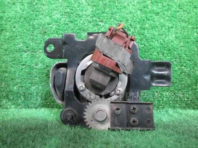 Туманка бамперная на Nissan Cube BZ11 CR14DE P1290