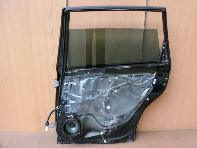 Дверь боковая на Subaru Exiga YA4 EJ204